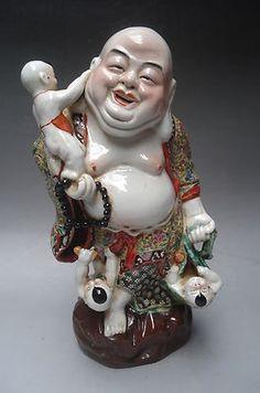 Beautiful Chinese Famille Rose Porcelain Statue Buddha