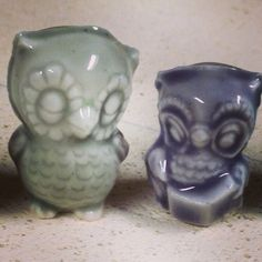 Owls, chatting Vintage slip cast mold, new to us. Porcelain, and about an inch tall.