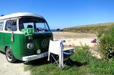 VW with bikini drying on top Vw Hippie Van, Split Screen, Holidays In Cornwall, Vw Vans, Vw T1, Vw Camper, Island Life, Happy Campers, Campervan