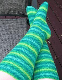 Basic Knee High Toe Up Socks - Free Pattern