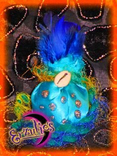Hoodoo Charm Bags and Magical Mojo Bags! Mojo Bags, Voodoo Spells, Love Spells, Hogwarts, New Orleans, Dolls, Cool Stuff, Halloween, Fun