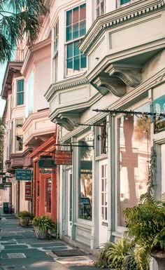 Things to do in downtown Charleston, SC. Shop, dine, and drink in one of the most popular areas of Charleston. Stuff To Do, Things To Do, Olympic Peninsula, Rooftop Bar, Okinawa Japan, Chicago Restaurants, Charleston Sc, Long Weekend, Key West