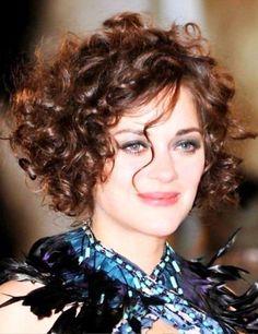 111 erstaunliche kurze lockige Frisuren für Frauen, um in 2017 zu versuchen