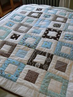 Jenny: Welcome Baby Quilt by Stumbles & Stitches, via Flickr
