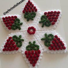 Front Mehndi Design, Mehndi Designs, Diy Popsicle Stick Crafts, Popsicle Sticks, Crochet Flowers, Crochet Lace, Baby Knitting Patterns, Crochet Patterns, Bordados Tambour