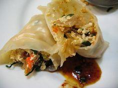 Vegan korean dumplings popsugar vegans and dumplings korean mandu vegan korean forumfinder Gallery