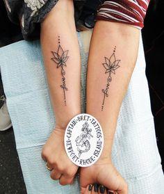 Tattoo Mama, Mum Tattoo, Bestie Tattoo, Neck Tatto, Mother Tattoos, Best Friend Tattoos, Sister Tattoos, Hand Tattoos, Tattoos For Mothers