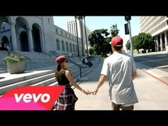 Austin Mahone - Torture (with Becky G) [Prom 2015 ]  omg i em crying because thay broke up after all that happen:'(