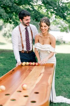 First to get all 4 balls in wins OR first to sink a single ball in the center hole automatically… Diy Yard Games, Lawn Games, Backyard Games, Wooden Board Games, Wood Games, Outdoor Games For Kids, Outdoor Fun, Family Fun Games, Carnival Games