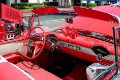 1955 Chevrolet Bel Air cnv - red white - int