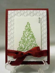 Love this card, another one to add to my box of cards for Christmas.