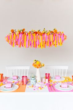 tisch geburtstag Budget-Friendly Diy Ways To Colorize Your Dinner Table - Paper ; On A Budget thanksgiving decorations, For School thanksgivin Diy Décoration, Diy Crafts, What Is Washi Tape, Party Mottos, Thanksgiving Celebration, Thanksgiving Decorations, Thanksgiving Table, Party Fiesta, Carton Invitation