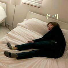 Nct Chenle, Todays Mood, Nanami, Kpop, Beautiful Mess, Nct Dream, Memes, Bean Bag Chair, Cover