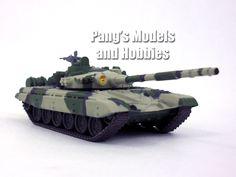 """T-72 Russian Main Battle Tank """"Camo"""" 1/72 Scale Die-cast Model by Eaglemoss"""
