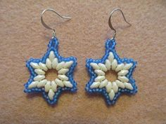 Winter Wonderland Earrings  by Kelly from Off the Beaded Path - http://www.pinterest.com/beadedpath/my-tutorials-kits/
