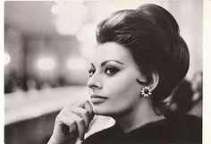 Sophia Loren. Love the light coloring to this black and white. Adds a bit of depth and femininity.