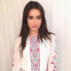 Simple but Beautiful Shraddha Kapoor