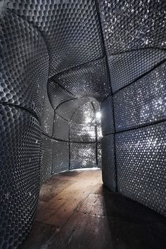 Sculptural Space illustrates Different Aspects of Hallucinations