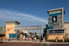 6 best outlet malls in Canada