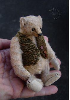 Miniature Mohair Artist Bear Maxim by Esther Pepper