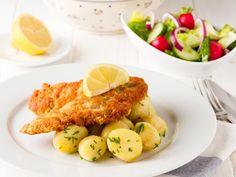 escalope de poulet, biscotte, parmesan râpé, blanc d'oeuf, huile d'olive, Sel, poivre, citron