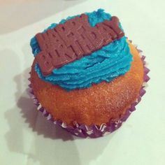 Instagram - birthday cake - cupcake