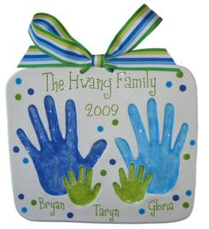 "Cute holiday plaque! Would love to have it say ""First Christmas at 313"" in place of the family name. Then I could do my girlfriend's hand, my hand, and then her puppy's paw and then my pup's! ♥"