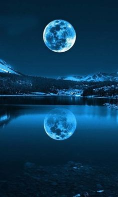 The Blue Moon of 2015 is upon us! A Blue Moon is a second Full Moon in any given month, or a fourth Full seasonal Moon. This second Full Moon of July will not only have various paranormal repercussi Moon Pictures, Pretty Pictures, Cool Photos, Reflection Pictures, Full Moon Photos, Amazing Pictures, Ocean Pictures, Night Pictures, Fake Pictures