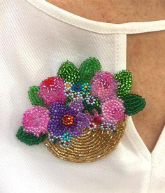 """280 Beğenme, 24 Yorum - Instagram'da Ayşe Ziyal Bürümcekci (@artbyayse): """"Frida Broş #frida #fridakahlo #broş #brooch #pin #handmade #jewelry #jewellery #jewelrydesign…"""""""