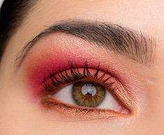 Here's a brighter pink & copper look I put together from Juvia's Place The Masquerade palette!