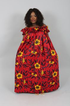 Vêtements africain : nouvelle Akua Rose hors épaule robe assorties de la cire de Hollande authentique imprimée par Nasbstitches sur Etsy https://www.etsy.com/fr/listing/384675394/vetements-africain-nouvelle-akua-rose