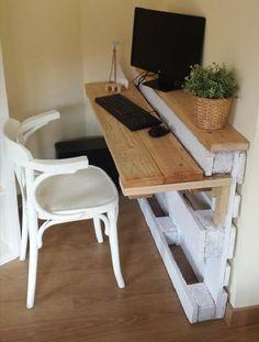 paletový písací stolík