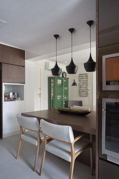Arquitetas Cristina Bezamat e Laura Bezamat, da Bezamat Arquitetura - Apartamento de 70 m² no bairro carioca de Botafogo, RJ.