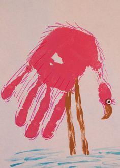 Flamingo out of a hand print. how flipping brilliant! Flamingo Rosa, Pink Flamingos, Flamingo Birthday, Flamingo Party, Animal Crafts For Kids, Art For Kids, Kid Art, Toddler Crafts, Flamingo Craft