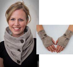 Combo Infinity Scarf & Fingerless Glove | Craftsy