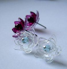 Flower earrings from plastic bottles