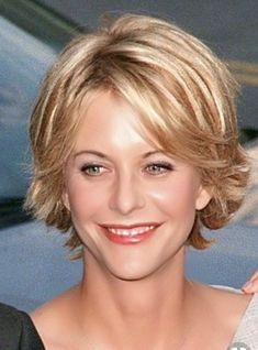 Meg Ryan and her cute hairstyle! She wears it well- Meg Ryan und ihre süße Frisur! Sie trägt es gut Meg Ryan and her cute hairstyle! She wears it well! Short Hair With Layers, Short Hair Cuts For Women, Layered Hair, Meg Ryan Hairstyles, Cute Hairstyles, Meg Ryan Haircuts, Short Shag Hairstyles, Ladies Hairstyles, Wedge Hairstyles