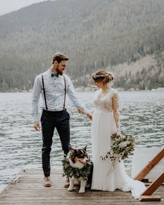 ideas for men's wedding suits Casual Groom Attire, Casual Grooms, Groom Wear, Groom Outfit, Groom And Groomsmen, Groom Attire Rustic, Groom Suits, Beach Wedding Groom, Wedding Suits