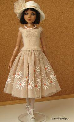 OOAK outfit for ELLOWYNE WILDE, by *evati* via eBay SOLD 3/23/14   $80.89