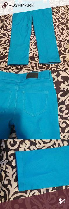 Light Blue/ turquoise  Capris Slightly worn. No damage Reverse Jeans Pants Capris