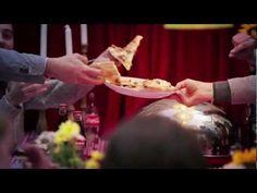 "Coca-Cola spot tv 2012 ""Ceniamo insieme!"""