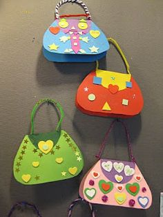 Designer handbags (Not in English) Crafts For Girls, Hobbies And Crafts, Diy For Kids, Crafts To Make, Fun Crafts, Arts And Crafts, Paper Crafts, Girl Scout Swap, Art N Craft