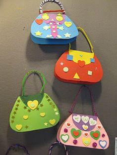 Kuvis ja askartelu: Äitienpäiväkortit: käsilaukut