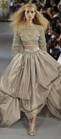 Oscar de la Renta - event dressing. . . http://sulia.com/channel/fashion/f/560ca1af-733c-4ecb-8f00-d5f2c9183ad2/?source=pin&action=share&btn=small&form_factor=desktop&pinner=125430493