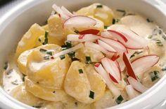 Für den Kartoffelsalat gibt es verschiedene Zubereitungsarten. Annemarie Wildeisen schwört auf dieses Rezept.