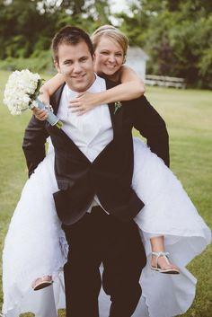 Robert Hall Photography | Southeast MI | www.robhallphoto.com | wedding photography, wedding photos, wedding photography ideas for photographers, wedding photography poses, bride and groom poses,wedding pictures, Michigan wedding, Detroit wedding, Michigan Wedding photographers,