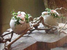 Deco Floral, Arte Floral, Diy Easter Decorations, Flower Decorations, Diy Osterschmuck, Diy Ostern, Spring Projects, Egg Art, Egg Decorating