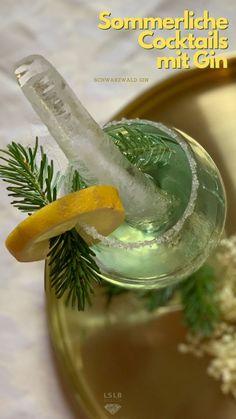 Es gibt keine Elche im Schwarzwald?Sicher? OK. Aber mit diesem tollen Schwarzwald Gin hörst sogar du ihn rufen. Schöne Cocktail Idee und viele Infos rund um den beliebten Schwarzwaldgin. Tonic Water, Pickles, Cucumber, Black Forest Cake, Schnapps, Black Forest, Good Food, Pickle
