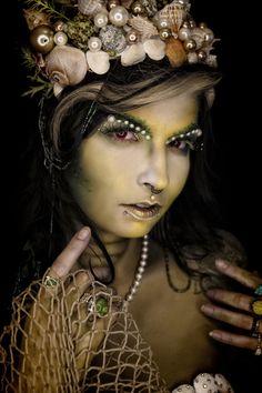 Siren's Call ~Makeup: Unique Irish   Photography: Hope Shots Photography   Model: Donna Cozza #Creepy #Mermaid #ThoseEyes #Siren