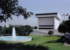 Lyndon B Johnson Presidential Library and Museum (NARA) - Austin, TX